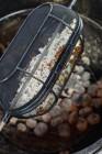 Drehspieß-Korb aus feinem Drahtgewebe für Weber Q 200/2000er Serie und größer